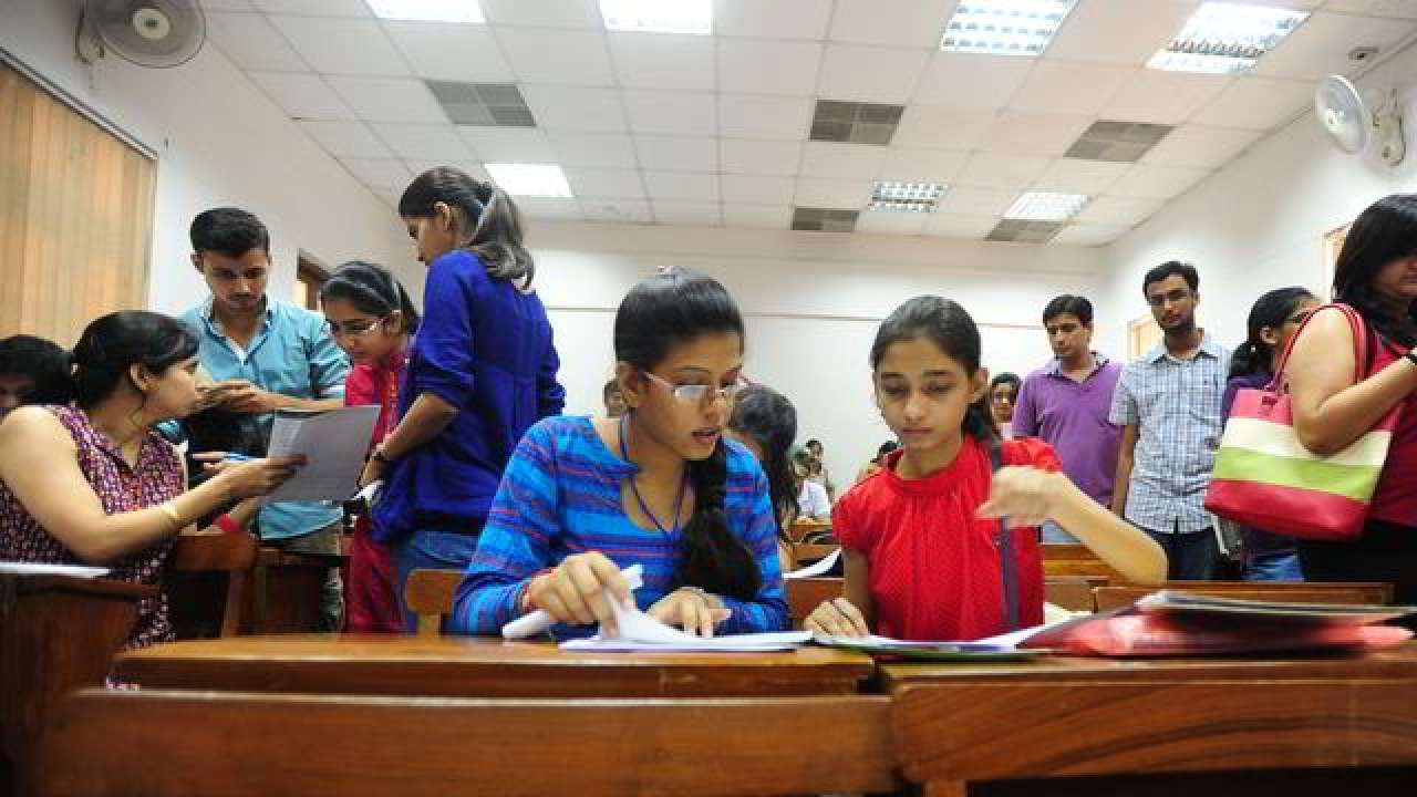 Karnataka DPUE releases time table for PUC supplementary exam 2019